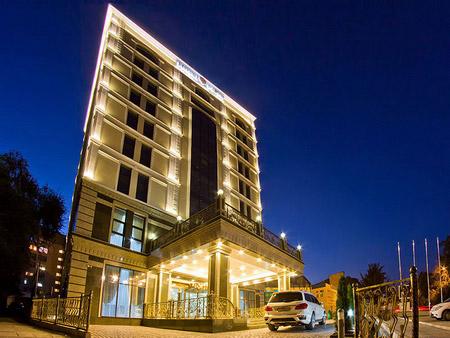 Madison Ave Hotel